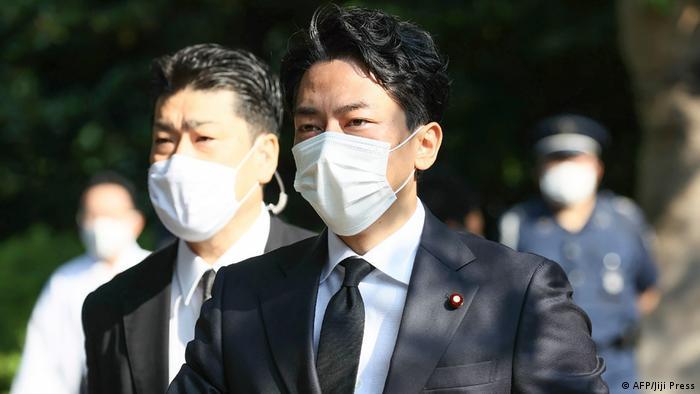 Japan Minister besuchen Yasukuni-Schrein | Umweltminister Shinjiro Koizumi (AFP/Jiji Press)