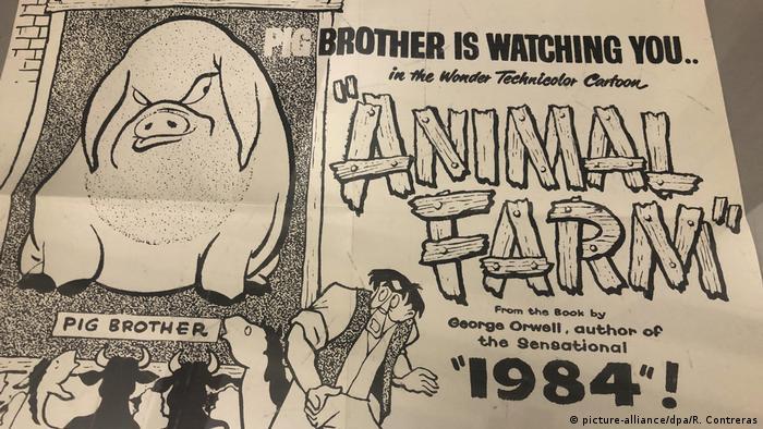 Cartaz promovendo a versão animada de Animal Farm