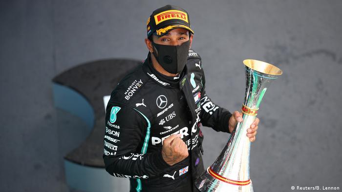 Spanien Barcelona | F1 Grand Prix | Gewinner Lewis Hamilton (Reuters/B. Lennon)