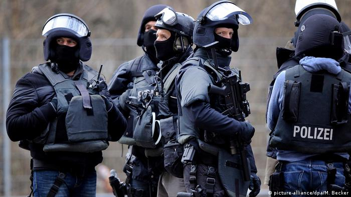 Бойцы спецназа полиции в ФРГ