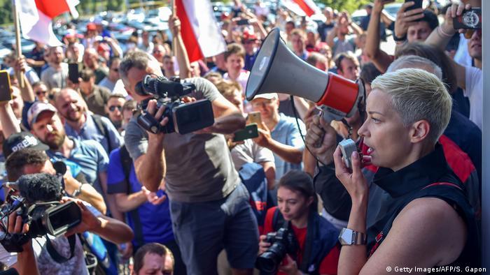 Marija Kolesnikova na protestima u Minsku
