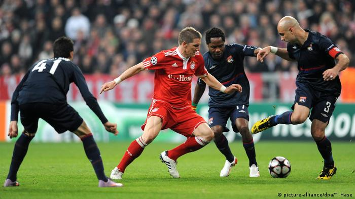 Fußball | Champions League - FC Bayern München - Olympique Lyon (picture-alliance/dpa/T. Hase)