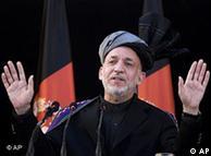 حامد کرزای، رئيسجمهوری افغانستان، میخواهد برنامهای برای انتقال مسئولیت از دست نیروهای بینالمللی به دست نیروهای نظامی افغانستان ارائه دهد