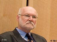 Профессор Йоахим Штарбатти