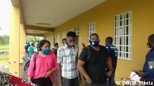 Quelimane, Mosambik, 18.08.2020+++Studenten an Licungo Universität. (c) DW/Marcelino Mueia