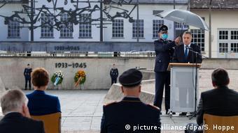 Τελετή μνήμης κατά την επίσκεψη των Ισραηλινών πιλότων στο Νταχάου