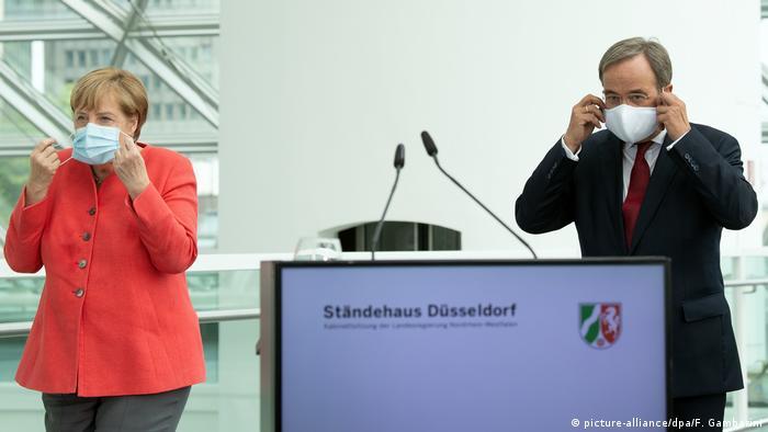 Bundeskanzlerin Merkel besucht Nordrhein-Westfalen (picture-alliance/dpa/F. Gambarini)