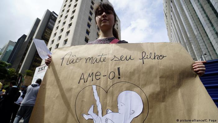Symbolbild I Protest I Abtreibung I Brasilien