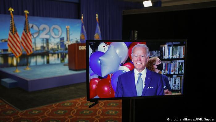 USA I Milwaukee I Parteitag der Demokraten (picture-alliance/AP/B. Snyder)