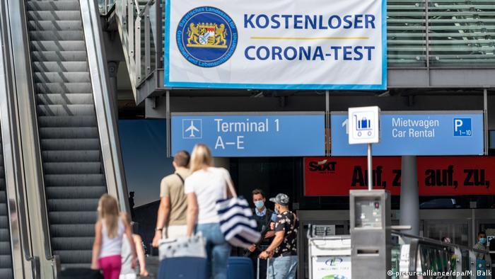 Coronavirus Teststation am Flughafen München
