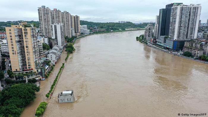 China Hochwasser Flut (Getty Images/AFP)
