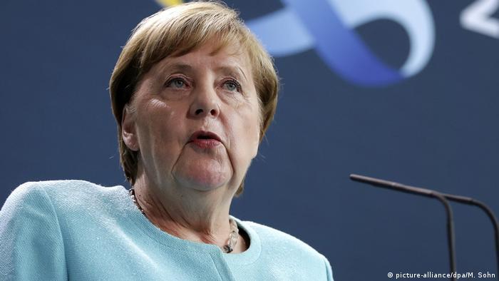"""Angela Merkel: Građani Belorusije """"znaju šta je za njih dobro"""""""