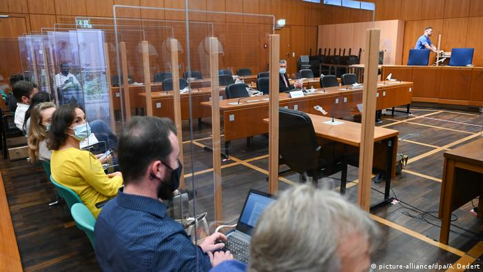 The trial over the murder at Frankfurt train station began (picture-alliance/dpa/A. Dedert)