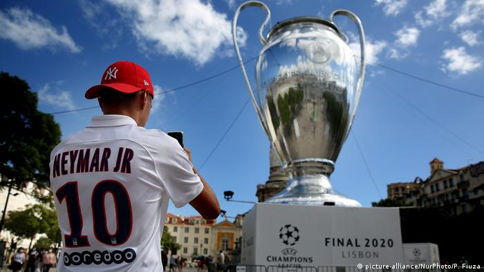 Bayern Munich And Psg Advance To Champions League Final In Quiet Lisbon Sports German Football And Major International Sports News Dw 20 08 2020