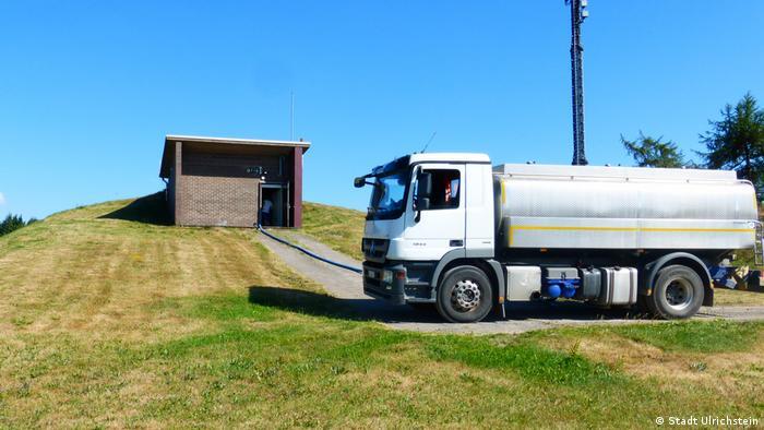 Un camión transporta 60.000 litros de agua seis veces al día a Ulrichstein.