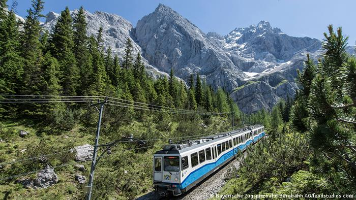 Zugspitze train (Bayerische Zugspitzbahn Bergbahn AG/fendstudios.com)