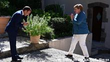 Frankreich Bormes-les-Mimosas | Fort de Bregancon | Macron begrüßt Merkel
