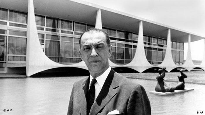 Presidente Juscelino Kubitschek em Brasilia em 1960