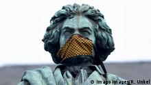 Bonn | Beethovenstatue mit Mundschutz