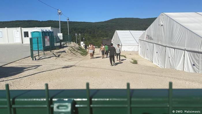 Migranti se žale na loše uslove u kampu Lipa