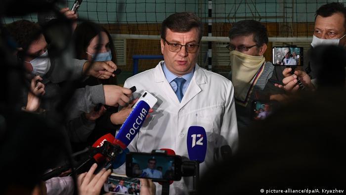 Главврач омской городской клинической больницы, куда был помещен Навальный, Александр Мураховский
