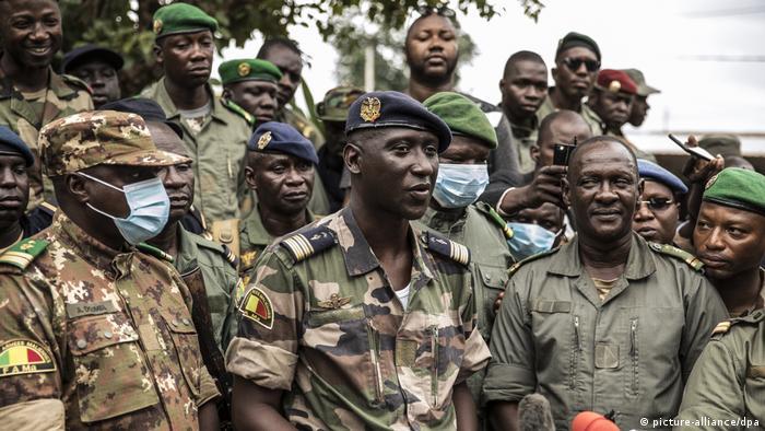 Mali Putsch Pressekonferenz (picture-alliance/dpa)