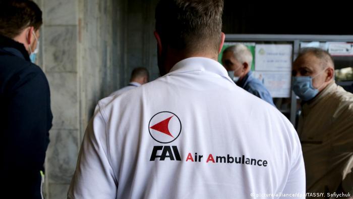 Omsk   FAI Air Ambulance Deutsche Ärzte (picture-alliance/dpa/TASS/Y. Sofiychuk)