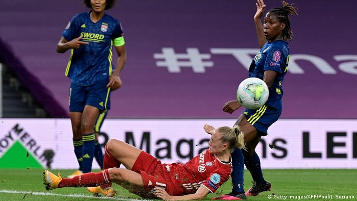 Women's Champions League Lyon gegen Bayern München (Getty Images/AFP/Pool/J. Soriano)
