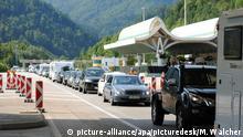 Österreich |Stau am Karawankentunnel an der Slowenisch/Österreichischen Grenze