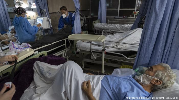 Coronavirus   Iran Teheran   Covid-19 Patienten im Firoozabadi-Krankenhaus