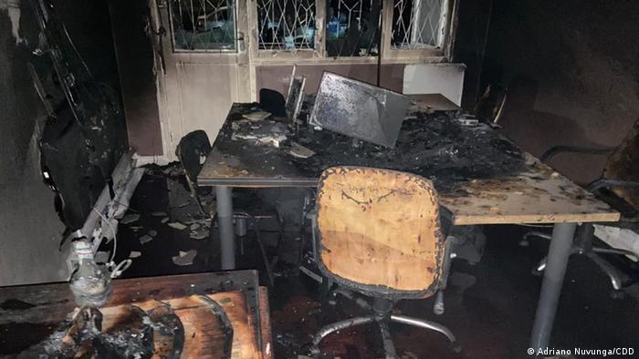 Escritório do Canal de Moçambique destruído após incêndio