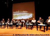 Equipe de  'Amazonas' no ZKM. Da esq. para a dir: M. Scheidl, R. Quitt, Tato  Taborda. Bruce Albert, Laymert dos Santos, C. Quitério (Sesc), J.  Bernauer, P. Ruzicka, P. Weibel, B. Lintermann