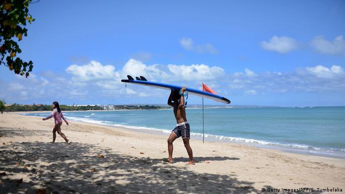 Pusta plaża na Bali