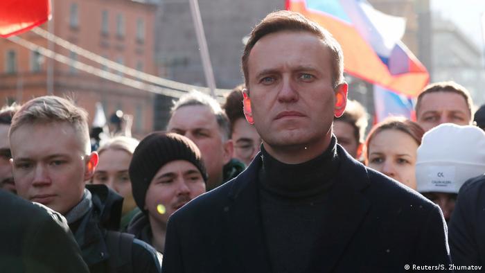 Оппозиционер Алексей Навальный на протестах в Москве