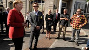 Angela Merkel in Kalifornien Simon Baker Warner Bros Studios