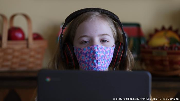 USA Covid-19 | Homeschooling (picture-alliance/ZUMAPRESS.com/H. Rick Bamman)