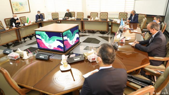 Iran Rafael Grossi Treffen mit Salehi (aeoi.org.ir)