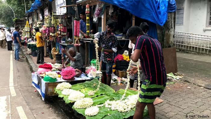 A street selling flowers for Ganesh chaturthi celebrations in Mumbai