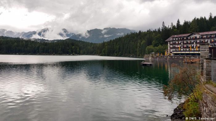 Germany, Garmisch-Partenkirchen, Zugspitze Eibsee Lake