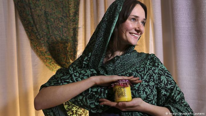 Ghee gereinigte Butter Produkt Gesundheit Nahrungsmittel Fett (Imago Images/R. Lautens)