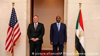 Mike Pompeo était le plus important représentant américain à visiter Khartoum après le coup d'Etat contre Omar el-Béchir