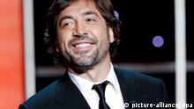 Actor Javier Bardem gives the Goya Award for best main actor during the 24th edition of the Goya Cinema Awards awarding ceremony at Madrid's conference centre in Madrid, Spain, on 14 February 2010.Photo: Juanjo Martin/ EFE