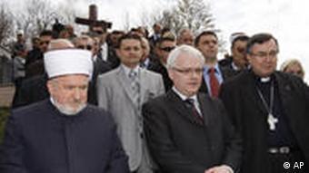 Josipović u Ahmićima 2010.