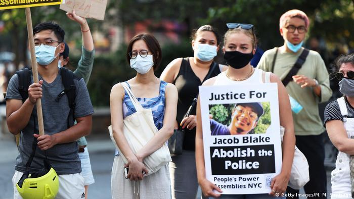 Demonstranten in New York fordern Gerechtigkeit