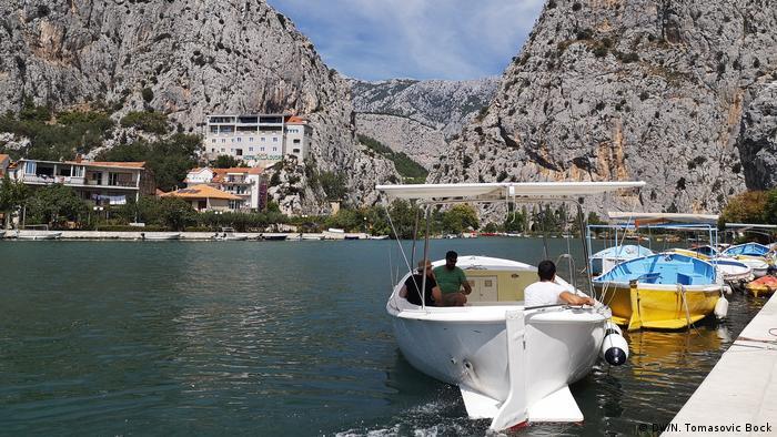 Kroatien   Fluß Cetina (DW/N. Tomasovic Bock)