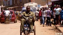 Global 3000 Sendung am 31.08.2020. Global Kenia Rollstühle aus Schrott Beschreibung: Lincoln Wamae ist ein Self-Made-Ingenieur. In Kenia baut er Rollstühle aus Metallschrott. Rechte: sind gegeben nur für diesen Beitrag! Copyright: WDR