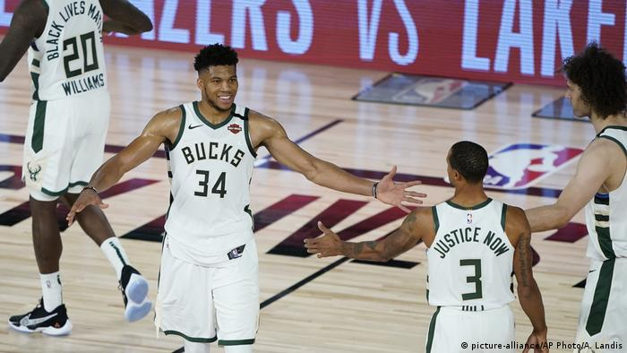USA Magic Bucks Basketball