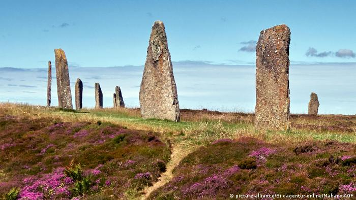 Stone monument known as the Ring of Brodgar (picture-alliance/Bildagentur-online/Mahaux-AGF)