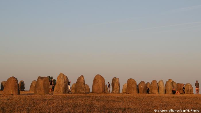 Megalithic monument of Ales Stenar (picture-alliance/dap/M. Fludra)