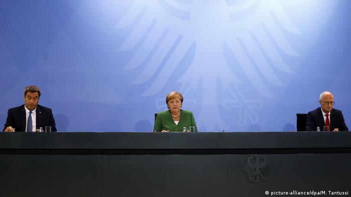 Pressekonferenz Kanzlerin Merkel Markus Söder und Peter Tschentscher